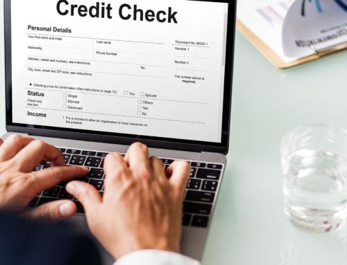 Commette insolvenza fraudolenta chi usa un bonifico revocato per provare il pagamento